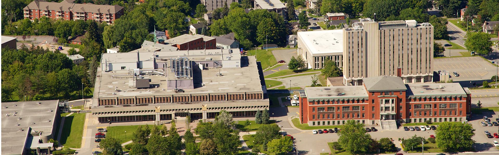 Photo aérienne du campus du Cégep de Sherbrooke