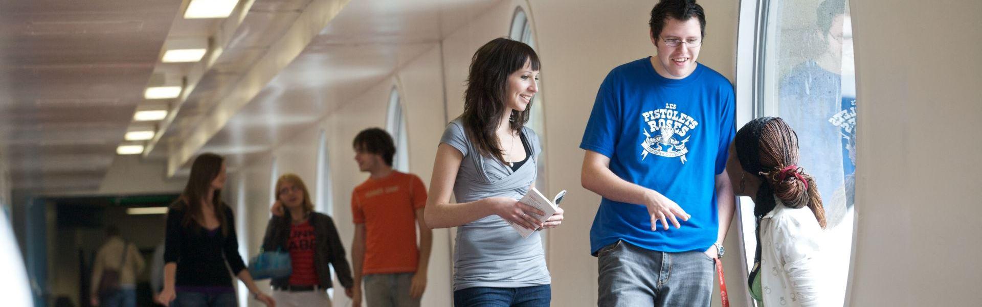 Quatre profils pour vous ouvrir les portes vers plus de 230 professions universitaires.