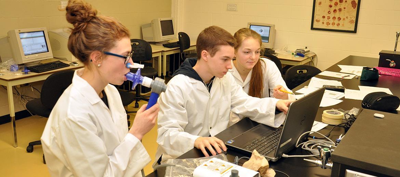 Laboratoire de biologie : compilation de données en spirométrie