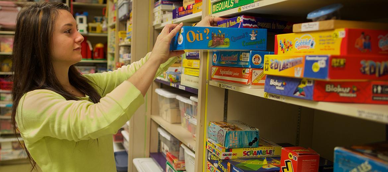 L'entrepôt des jeux pour les enfants de 0 à 12 ans
