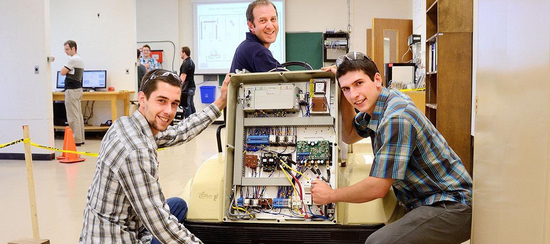 Expérimentation sur une voiturette électrique en Technologie de l'électronique industrielle