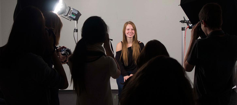 Les étudiants ont accès au studio de photo du programme en Arts, lettres et communication