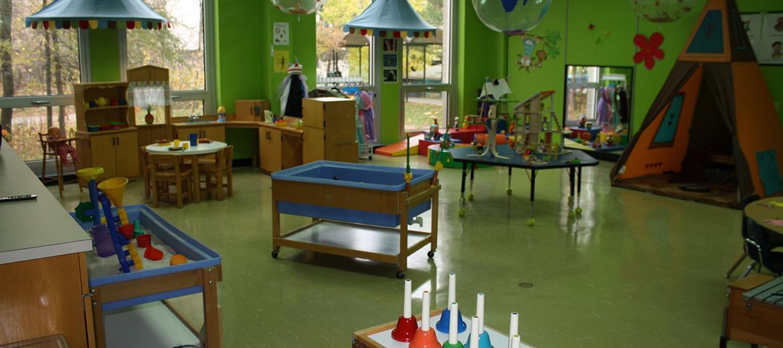 Vue sur le laboratoire pour les activités en présence d'enfants