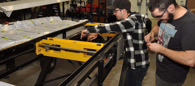 Réalisation d'un banc de traction par l'équipe Teknik équipement