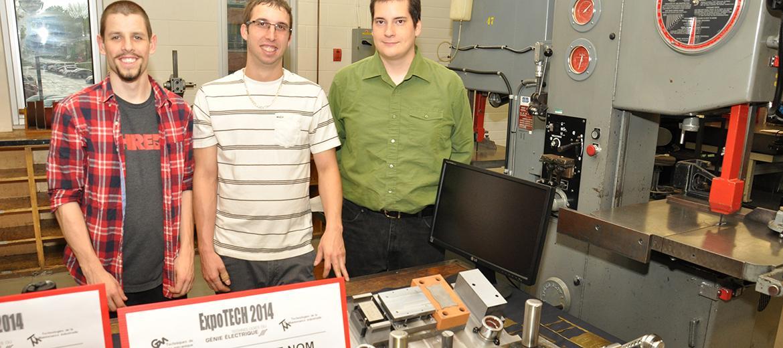 Fabrication d'un poinçon matrice pour fabriquer des plaquettes d'identification